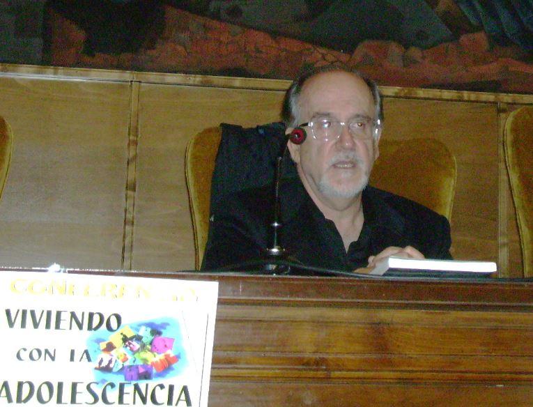 Conferencia VIVIENDO CON LA ADOLESCENCIA